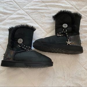 Ugg Bailey Charms Girls Black Boots Mermaid Scale